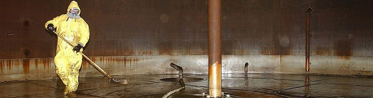 Tips to Follow While Cleaning the Industrial Tank
